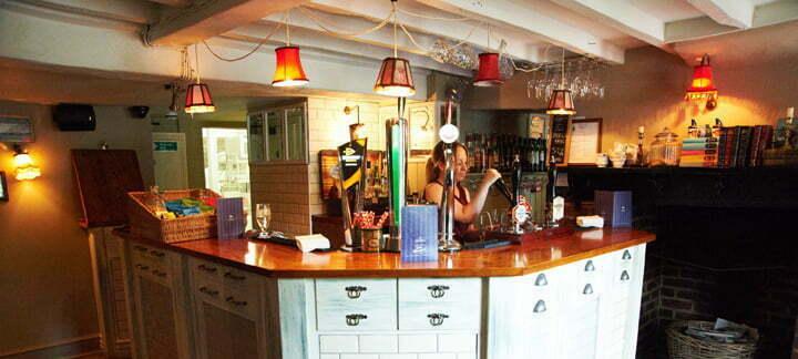 Four Horseshoes, Surrey 218 home