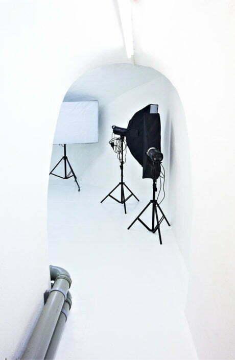 CLAVERING HOUSE Sarah Deane Photographic Studio L 048