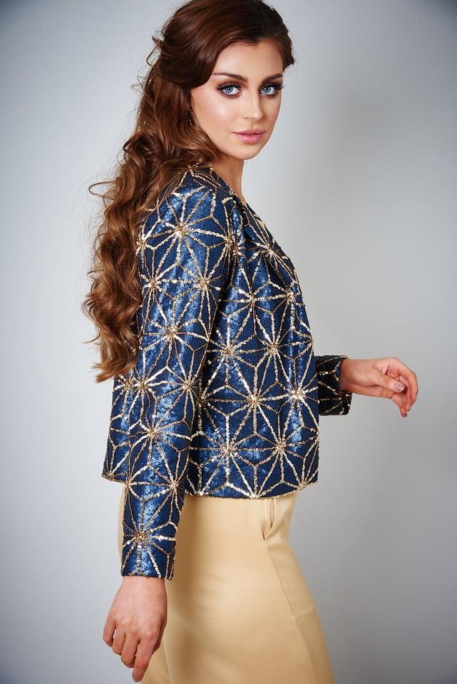Aushyra by NK ecommerce fashion photography